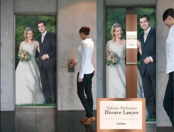 最吸引眼球的门贴电梯广告创意