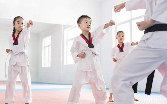 寒假跆拳道馆该如何进行宣传和投广告